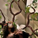 אירוע קונספט - דמות עץ קסם