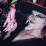 טירה אפלה פירטים - פורים, מכשפה עם יד קטועה